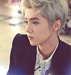 "Luhan Rumored To Be Having Conflict with Cast of Chinese ""Running Man"" Male Profile, Exo Album, Hunhan, Chinese Man, Wattpad, Korean Entertainment, Running Man, Beautiful Men"