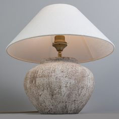 Lámpara de mesa PALMA XS escocesa con pantalla 40cm lino blanco #decoracion #iluminacion #interiorismo