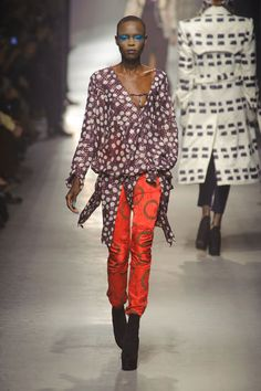 Vivienne Westwood Runway Review   Fashion Week Fall 2013
