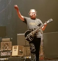 Neil Young Reunites With Crazy Horse: Watch | Best Classic Bands