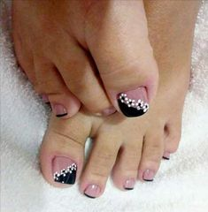 Beautiful Toe Nails Art Ideas To Inspire You - Page 14 of 14 - Dazhimen Uñas Decoradas ? Pedicure Designs, Pedicure Nail Art, Toe Nail Designs, Toe Nail Art, Manicure, Nails Design, Simple Toe Nails, Pretty Toe Nails, Cute Toe Nails