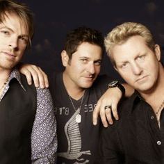 Rascal Flatts guitarist talks to the Bangor Daily News about bandmates, music, and faith