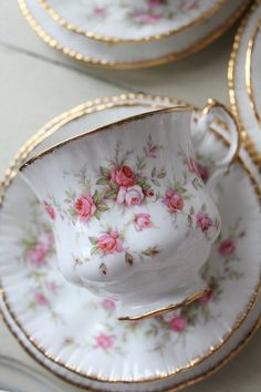 Victoriana Rose Tea Cup by Paragon  Pink Roses, gold rim