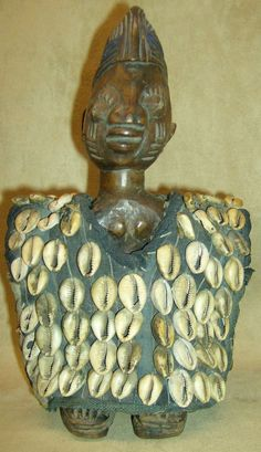 YORUBA IBEJI TWIN COWRIE SHELL VEST Carved Figure African Art Collectibles