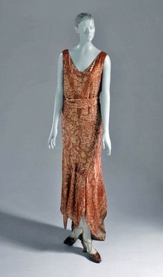 Afternoon dress, Jean Patou, 1929. Printed and patterned semi-sheer lamé. Via Los Angeles County Museum of Art.