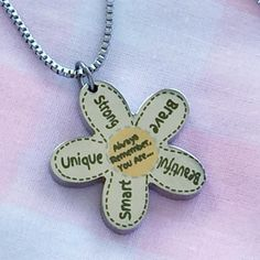 Always Remember - Flower Necklace
