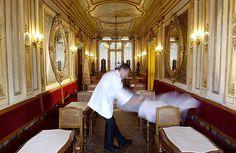 Florian experience | Caffè #Florian a #Venezia San Marco - Florian #cafè in #Venice Saint Mark #travel #travelinspiration  #italy #italia #veneto #instaitalia #italianalluretravel #lonelyplanetitalia #lonelyplanet