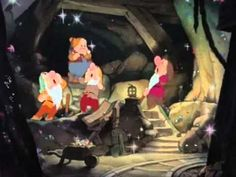 Snow White And The Seven Dwarfs - Heigh Ho Song 1937 | Snow White and the Seven Dwarfs was de eerste animatiefilm in de Walt Disney Animated Classics serie. Waarom deze film speciaal is, is omdat dit de eerste full length animatiefilm is.
