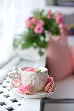 Flower Landscape, Flower Art, Tea Time, Treats, Beauty Full, Coffee, Spring, Tableware, Frame