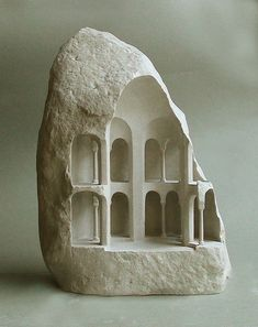 Stone Sculptures Reveal Monumental Architecture at a Micro Scale,Tetraconch (Limestone, 2015, 31cm tall). Image © Matthew Simmonds Arte Popular, Antony Gormley, Monumental Architecture, Architecture Models, Landscape Architecture, Sculpture Metal, Stone Sculptures, Abstract Sculpture, Steinmetz