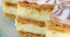 one of my favorite desserts: mille feuille Would LOVE a recipe for this! French Desserts, Just Desserts, Dessert Recipes, Sweet Pastries, French Pastries, Millefeuille Rezept, Tunisian Food, Desserts With Biscuits, Greek Sweets