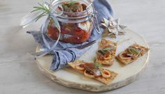Julelunsj med sjømat på koldtbordet, Fotograf: Studio Dreyer-Hensley