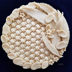 Our Delicious Food - International Cooking at Home with Karin and Bruce Boschek Sweet Pie, Sweet Tarts, Creative Pie Crust, Beautiful Pie Crusts, Pie Crust Designs, Pie Decoration, Pies Art, Pie Crust Recipes, No Bake Pies