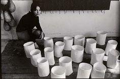 Letter from Sol LeWitt to Eva Hesse: DO! Eva Hesse, Artist Art, Artist At Work, Hannah Wilke, Famous Artists, American Artists, Art Studios, Pottery, Illustration
