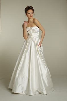 Google Image Result for http://wedding-pictures-04.onewed.com/18663/9157-alvina-valenta-wedding-dress-2011-bridal-gowns-ivory-silk-strapless-a-line-classic-bridal-style.JPG