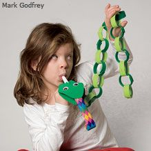 Snake puppet made with craft foam and a party blower. Would be great for kiddos needing some respiratory exercise!