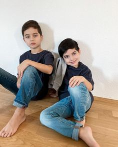 Ulzzang Kids, Our Kids, Ideias Fashion, Mom Jeans, Honey, Superhero, Lucca, Chara, Baby Boys