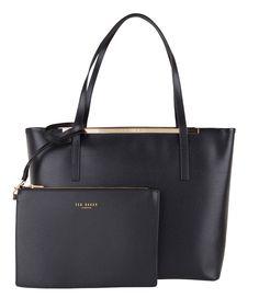 De Isbellz is een vrouwelijke tas van Ted Baker die perfect matcht bij elk seizoen van het jaar. (€209,95)