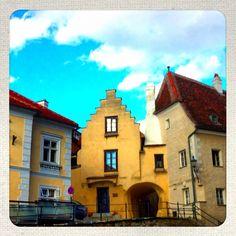Pfarrplatz Krems Mansions, House Styles, Home Decor, Decoration Home, Manor Houses, Room Decor, Villas, Mansion, Home Interior Design
