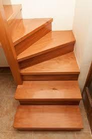 C mo construir una escalera de madera paso a paso for Como hacer una escalera de madera economica