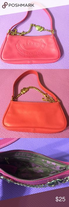 Mini Juicy Couture Beautiful and small Juicy Couture. *used* Juicy Couture Bags Mini Bags