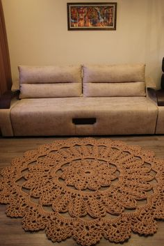Ручная одежда Ажурный ковер из полиэфирного шнура 7мм,диаметром 1,70 метра.