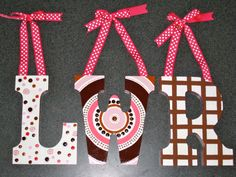 Hand-Painted Letter Medium by SopoArt on Etsy Painted Initials, Painted Letters, Hand Painted, Burlap, Crafty, Lettering, Christmas Ornaments, Holiday Decor, Unique Jewelry