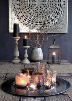 We love candles to create a calm atmosphere in any room // Nous apprécions les bougies pour créer une atmosphère reposante dans la pièce