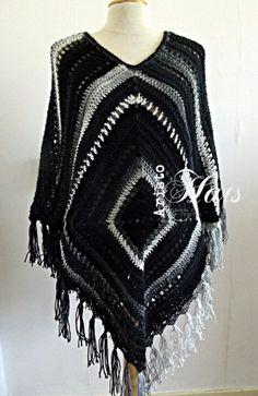 Poncho Boho style - black/white