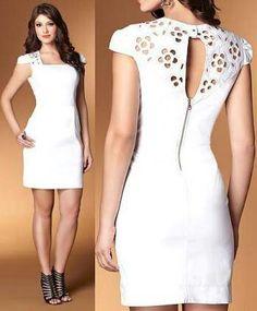 Vestido branco sarja