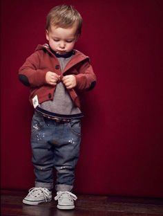 Zara Kids 2012 6 for Last Modified on Describe Zara Kids 2012 6 on Zara Kids Autumn/Winter Campaign in LoveKidsZone Kids Fashion Show, Toddler Boy Fashion, Toddler Girl Style, Toddler Boy Outfits, Kids Outfits, Boys Style, Zara Kids, Little Man Style, Little Boy Outfits