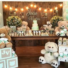 This would be just adorable for a teddy bear themed birthday party or baby shower. Décoration Baby Shower, Shower Bebe, Shower Party, Baby Shower Parties, Baby Boy Shower, Teddy Bear Party, Teddy Bear Baby Shower, Bear Baby Showers, Teddy Bears