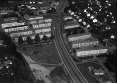 Alingsås Göteborgsvägen Nya E 3:an 1967. Man kan se vårt hus :-)