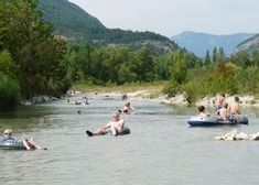Waterpret - Camping les Tuillères, camping Frankrijk Drôme met rivier en zwembad
