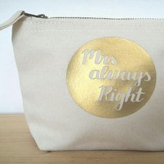 "Women are always right - so don't argue. 😉 Check out #rumpelstielschen4teachers new make-up bags.  If you want to see them ""live"", visit us at the ETSY #christmashappyshop in Düsseldorf  (26.11.-03.12.16)."