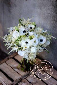 bukiet ślubny z anemonami Floral Wreath, Wreaths, Blog, Home Decor, Wedding, Decoration Home, Door Wreaths, Room Decor, Blogging