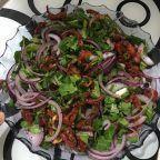 Kuru Domates Salatası (Yok Böyle Bir Lezzet) Tarifi nasıl yapılır? 2.268 kişinin defterindeki bu tarifin resimli anlatımı ve deneyenlerin fotoğrafları burada. Yazar: Ozden gokhan