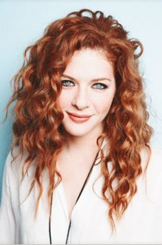 Stunning Redhead, Beautiful Red Hair, Gorgeous Redhead, Beautiful Eyes, Long Curly Hair, Curly Hair Styles, Red Hair Freckles, Rachelle Lefevre, Ribbon Hairstyle