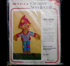 Doll Toys, Dolls, Burlap Fabric, Felt Applique, Needlepoint Kits, Red Accents, Stuffing, Embroidery Stitches, Quilt Patterns