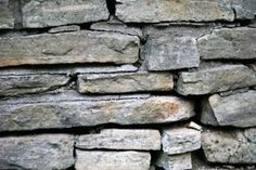 How to Make Stone Walls Out of Styrofoam thumbnail