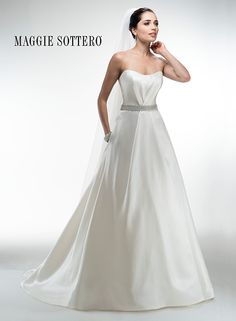 Malaya Bridal Gown with pockets!