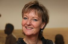 Irene Hinoran, Reiseleiterin Gruppenreisen