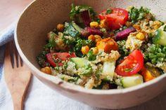 Marocký zimní cizrnový salát s quinoou Tempeh, Garam Masala, Kung Pao Chicken, Cobb Salad, Quinoa, Ham, Cooking, Ethnic Recipes, Food
