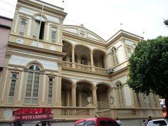 Antiga Faculdade de Direito, remanescente da Universidade Livre de Manáos, a primeira do país.