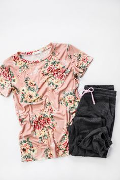 22d939e9c Florals for Spring.. this tee is everything your floral loving heart needs.  It's