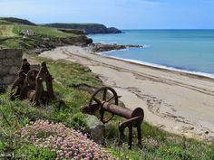 Winch at Gunwalloe Fishing Cove, Cornwall Cornish Beaches, Cornish Coast, Devon And Cornwall, Cornwall England, Most Beautiful Beaches, Beautiful World, Travel Uk, Travel England, Paradise On Earth