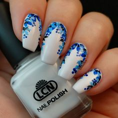 This is 'White' from @lcncanada. It is such a pure white! The design is all acrylic paint and topped off with Seche Vive gel effect top coat. #lcncanada #lcn