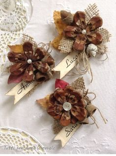 Best 12 Natural Pinecone and Berry Garland – Christmas Garlands – Christmas and Winter – Holiday Crafts – Pine Cone Art, Pine Cone Crafts, Pine Cones, Fall Crafts, Holiday Crafts, Diy And Crafts, Paper Crafts, Painted Pinecones, Pinecone Ornaments