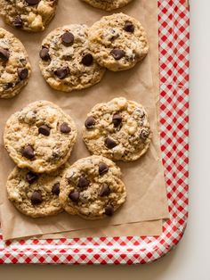 Chocolate Chip Rice Krispies Treat Cookies Makes about 3 dozen  Ingredients: 1/2 cup (1 stick) unsalted butter, softened 1/2 cup granul...