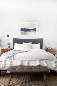 A gorgeous piece of artwork gets added to this Modern Boho Bedroom above the bed to create the perfect anchoring piece for this room. Modern Boho Bedroom, Home Decor Bedroom, Home Bedroom, Luxurious Bedrooms, Home Decor, Bedroom Furniture, Stylish Bedroom, Stylish Bedroom Design, Small Bedroom